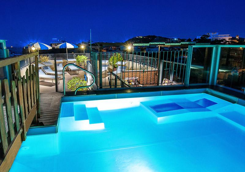 Residence neri cattolica - Residence cattolica con piscina ...