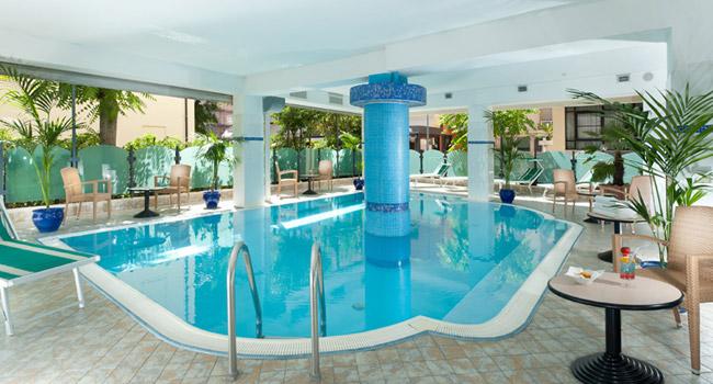 Hotel gabbiano cattolica - Cattolica hotel con piscina coperta ...